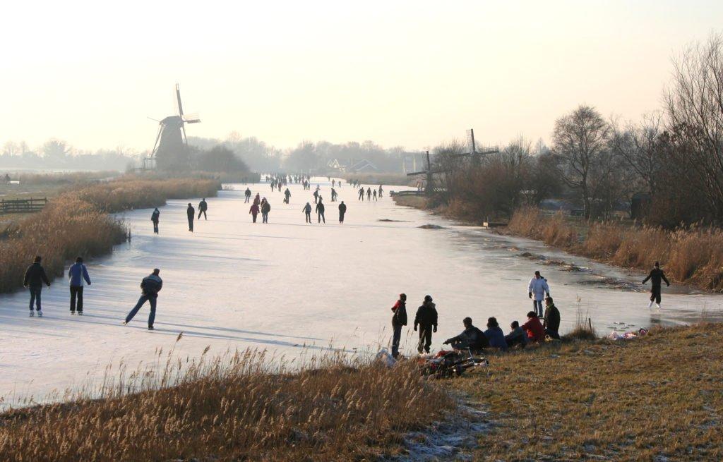 Nog meer schaatsen zien? Trek ze zelf aan!